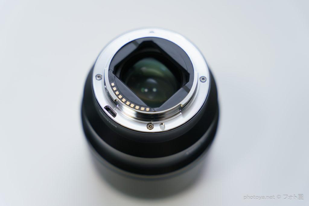 Viltrox 85mm F1.8 II マウント部 USBアップデート端子